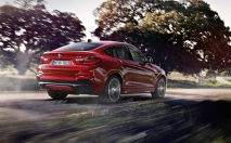 03_BMW_X4_Wallpaper_1600x1200_06