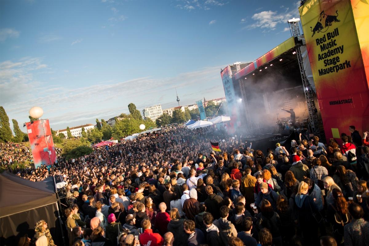 RBMA-Stage-Mauerpark_(c)-Dirk-Mathesius_RedBullContentPool