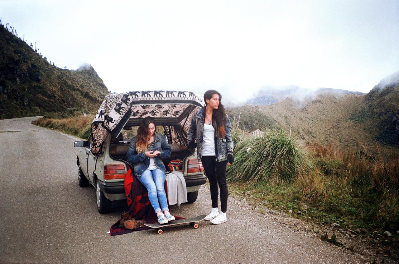 rafael-cardenas_between-mountains-06