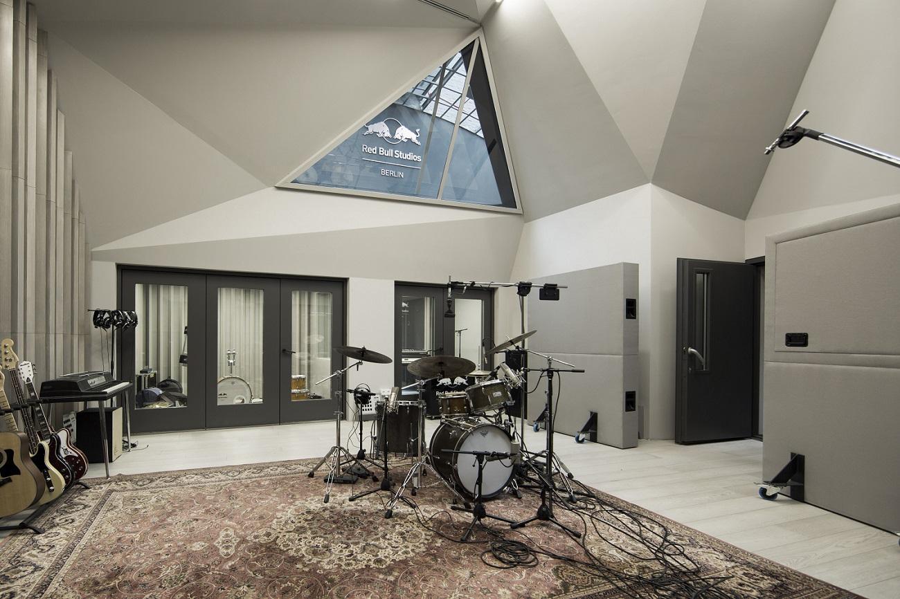 Red Bull Studios Berlin_Live Room (c) Dirk Mathesius