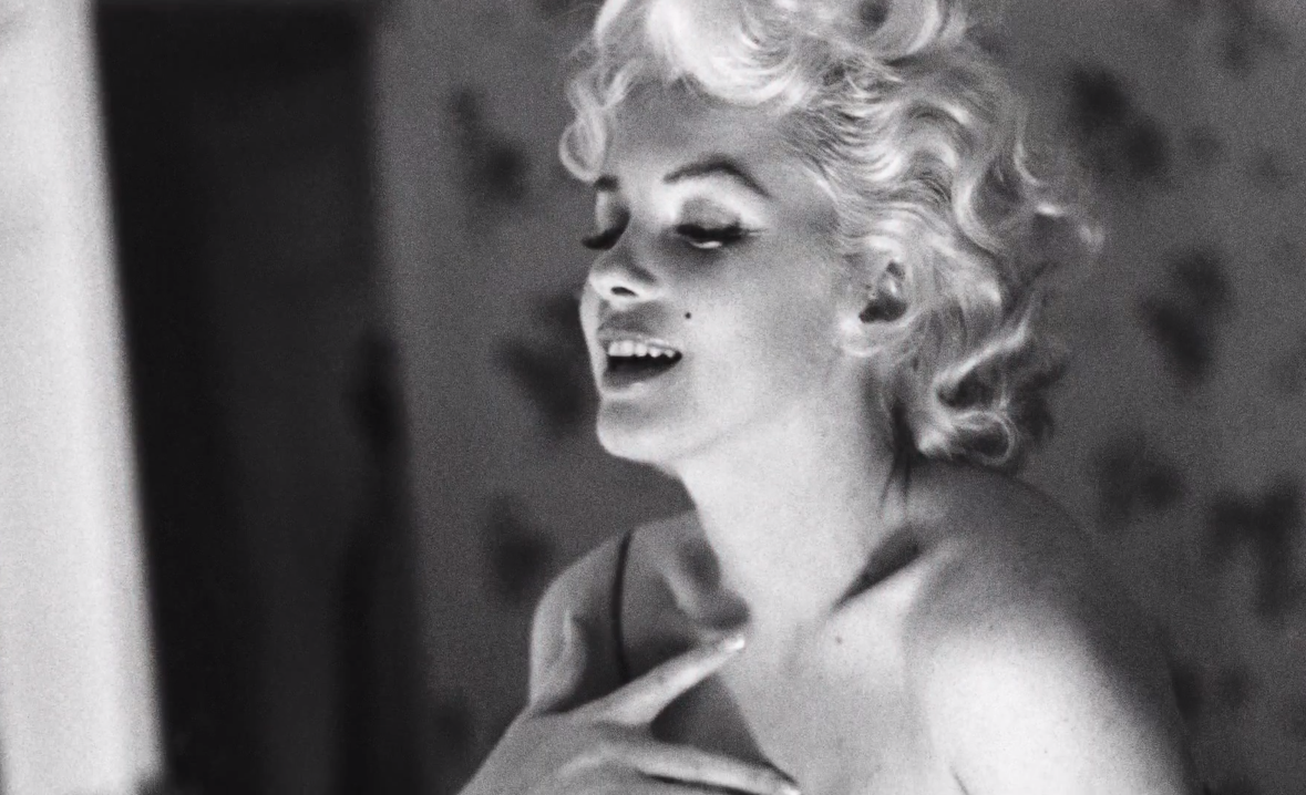 Marilyn and N°5 - Inside Chanel (Video)