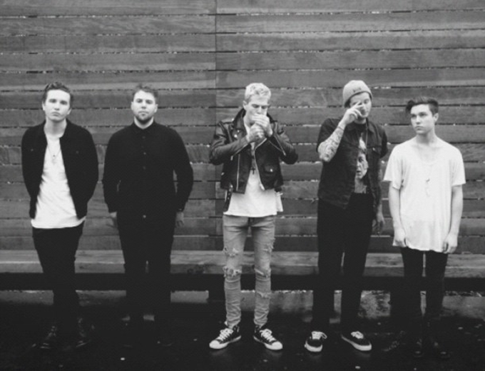 The Neighbourhood: Say My Name/Cry Me A River (Radio1 Live Lounge)