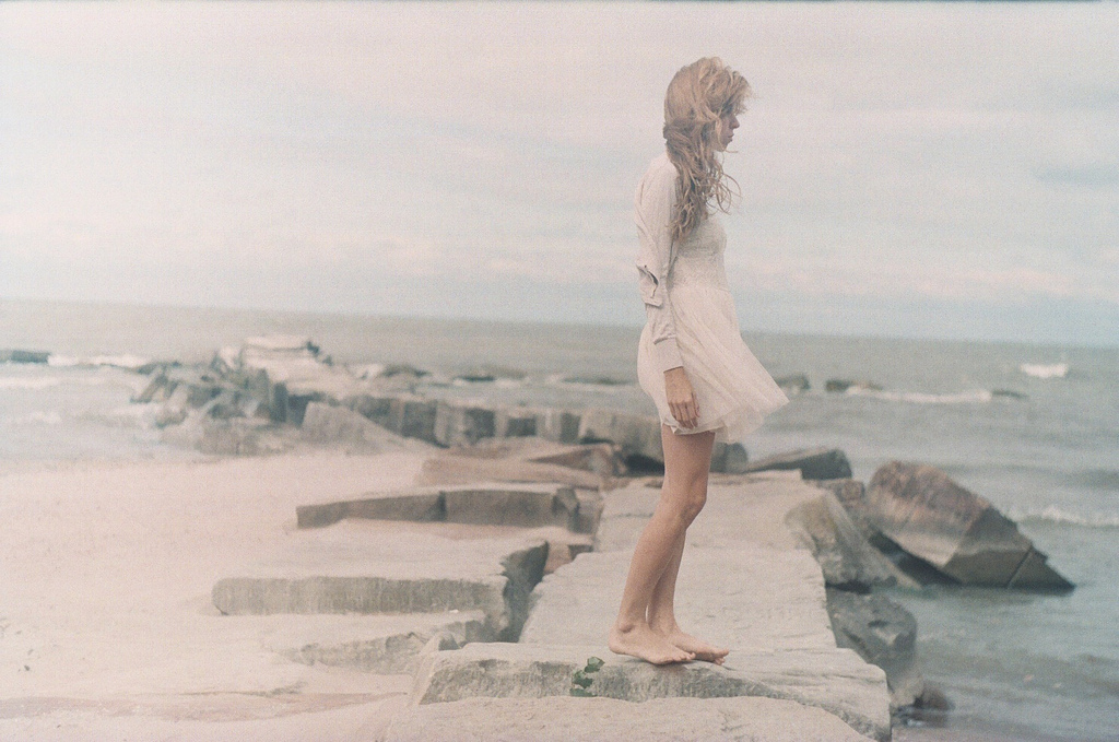 elisabeth-weepy-hollow-01