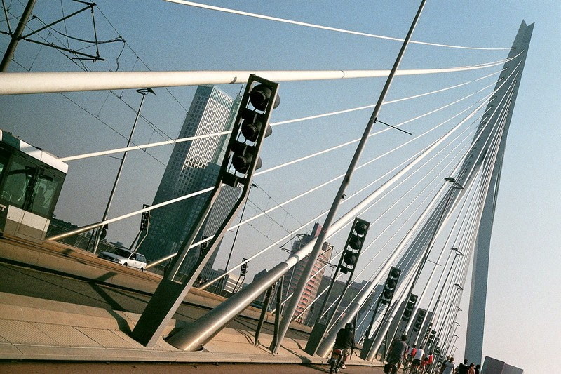 erasmusbridge_rotterdam_1