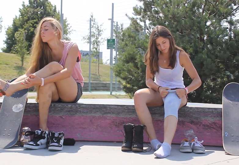 hotbarbies-skate-weekend