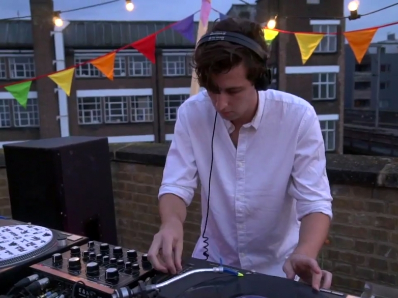 jamie-xx-boilerroom-london-youngturks-rooftop-djset