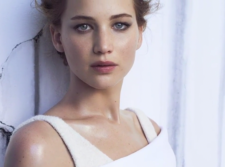 jennifer-lawrence-for-instyle-december2013-covershoot-video