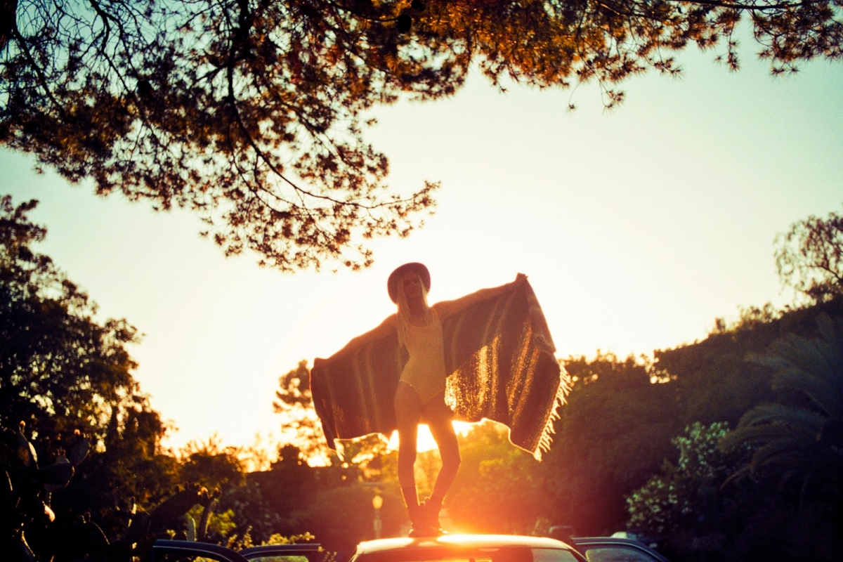 katie-caisse-sun-by-theo-gosselin