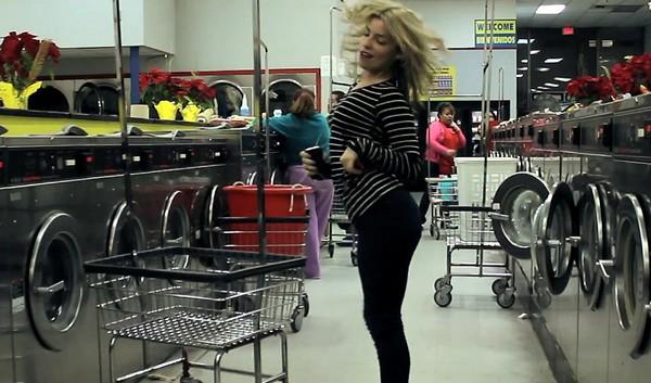 laundromat_dancing