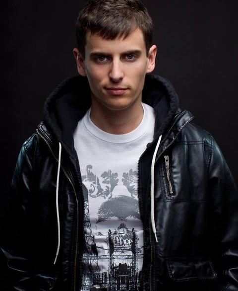 mike_tompkins_beatbox_acapella