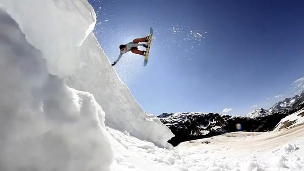 propadanda_snowboard