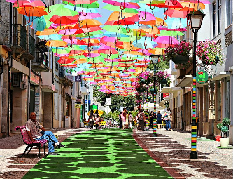umbrella-sky-agueda-01