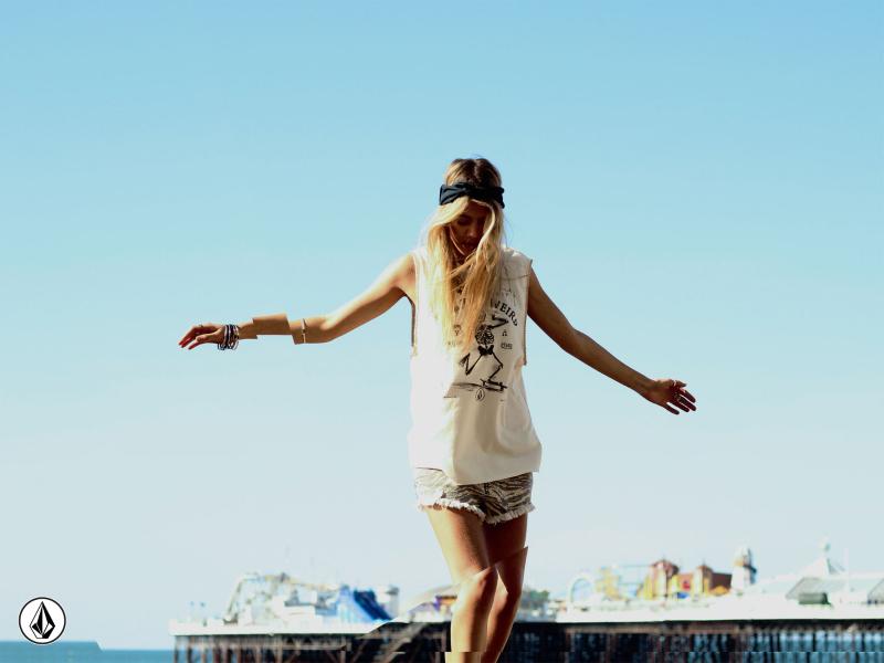volcom-womens-sp15-festivallooks