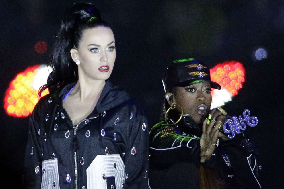 watch-katy-perry-lenny-kravitz-and-missy-elliot-at-the-super-bowl-halftime-show-2015